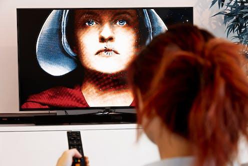 Image de La Servante écarlate à la télévision