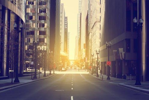 Une rue de Chicago sous le soleil.