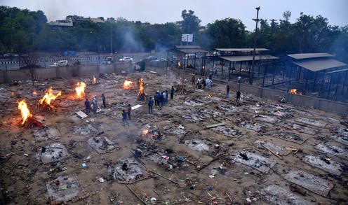 Mass funeral pyres in India