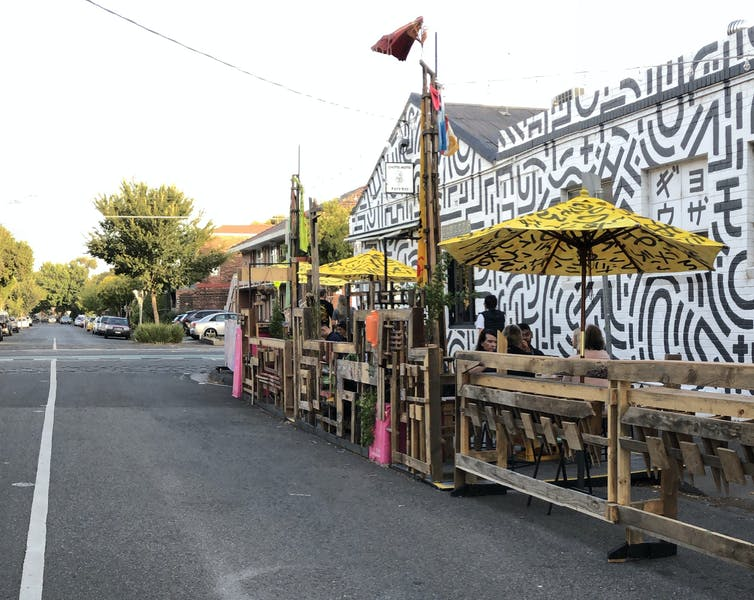 parklet set up for streetside eating