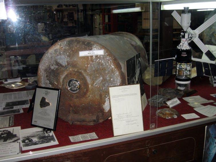 Skylab artefacts in Esperance Museum