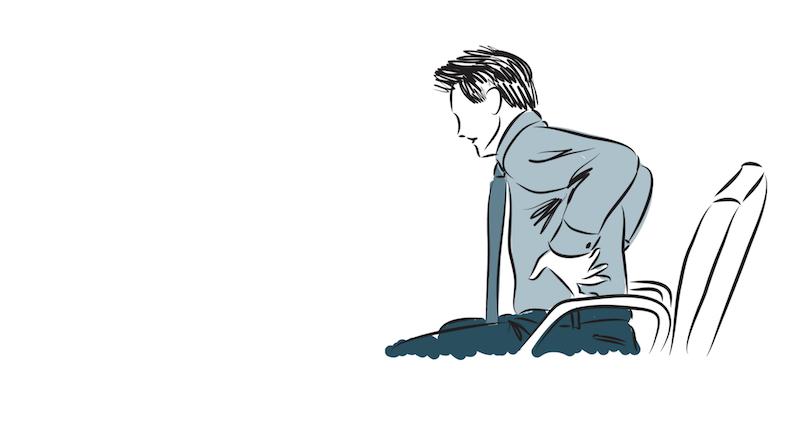 Sentarse recto puede causar dolor de espalda