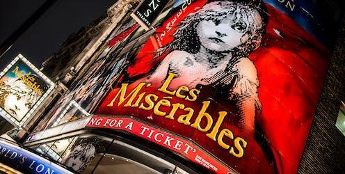 Front of theatre showing Les Misérables