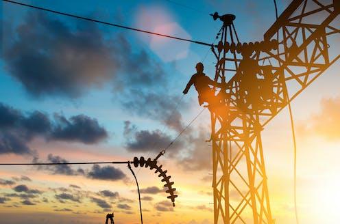worker fixes powerlines