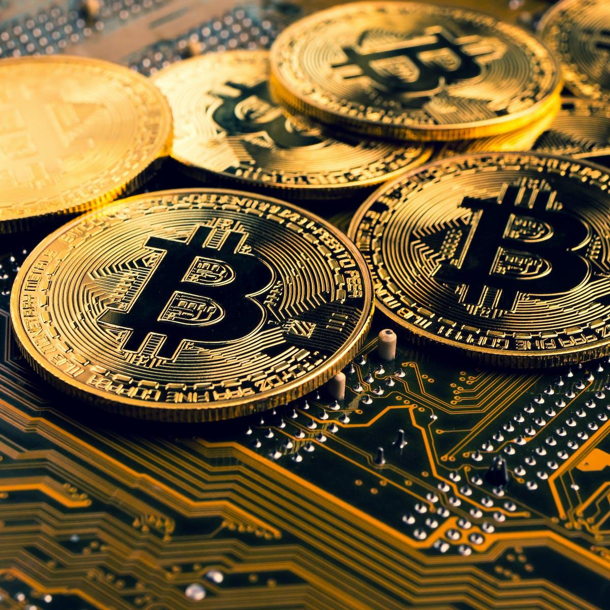 unde pot cumpăra bitcoin cu paypal bitcoin în valoare de istorie