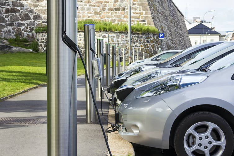 Cramming cities full of electric vehicles means we're still depending on cars — and that's a hugeproblem