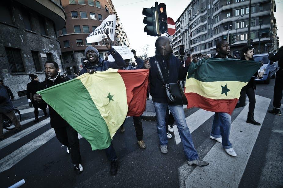 Des migrants sénégalais protestent