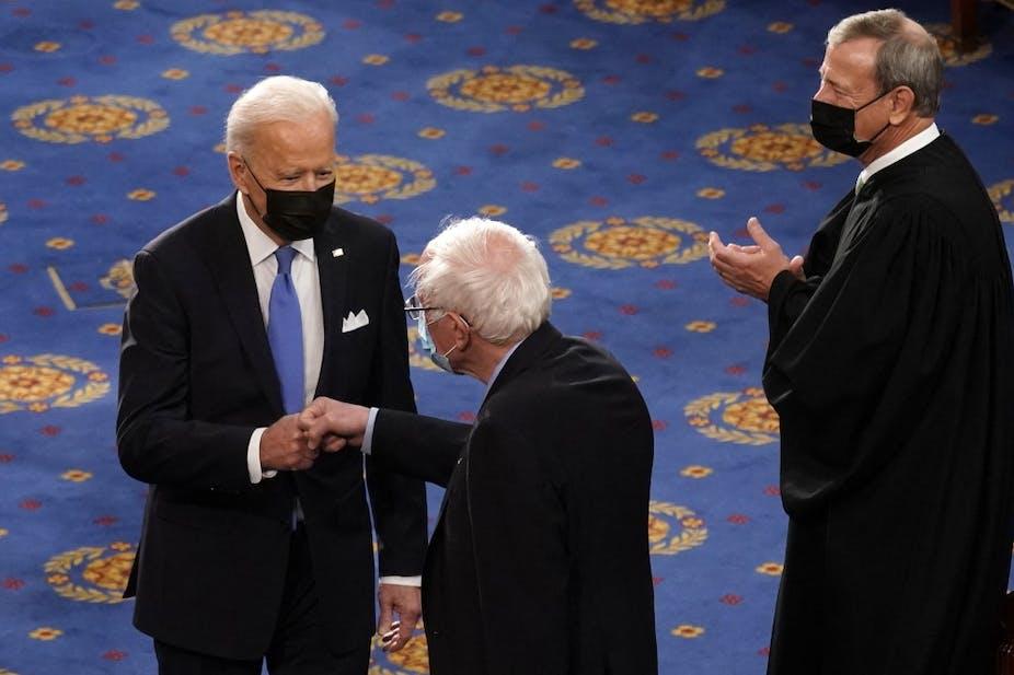 Joe Biden, Bernie Sanders et John Roberts