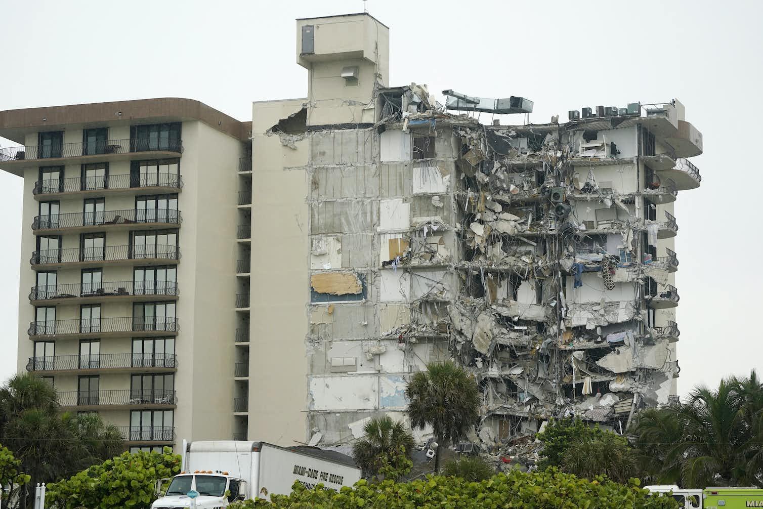 Рухнувший дом в Майами и наши курорты - что общего?
