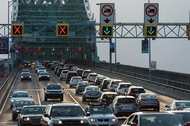 Congestion routière sur le pont Jacques-Cartier.