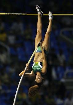 Brazilian pole vaulter Fabiana Murer competing in 2007.