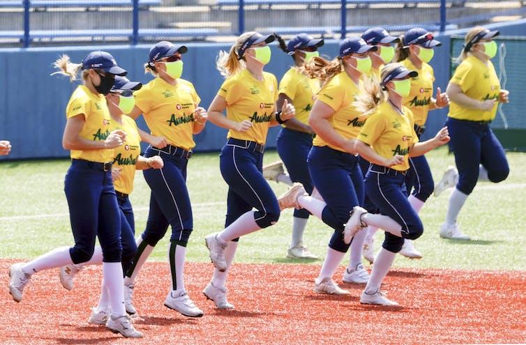 Australian women's softball team train in Japan.