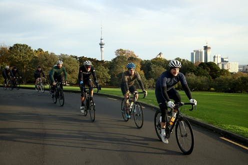 Cyclists in Auckland Domain