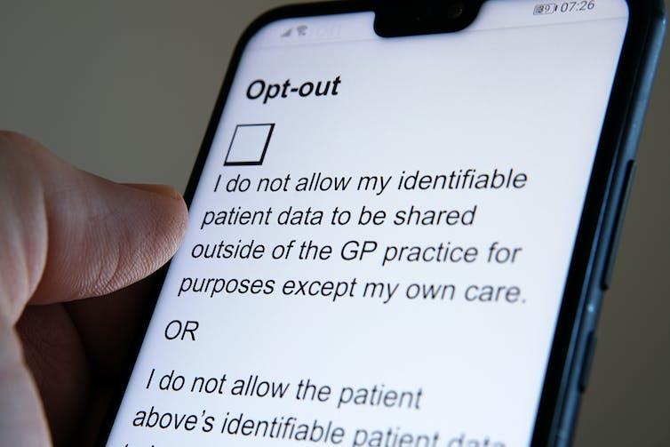 Un téléphone affichant une option de désinscription