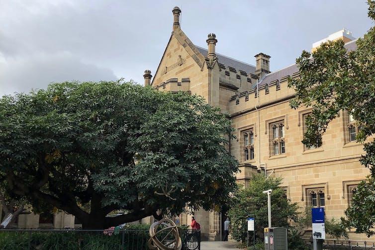 Front of University of Melbourne Old Quad building