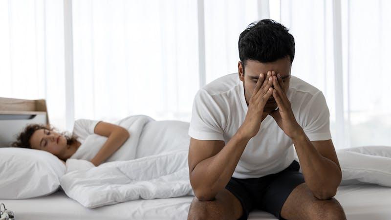 La covid-19 podría causar infertilidad masculina y disfunción sexual, pero las vacunas no