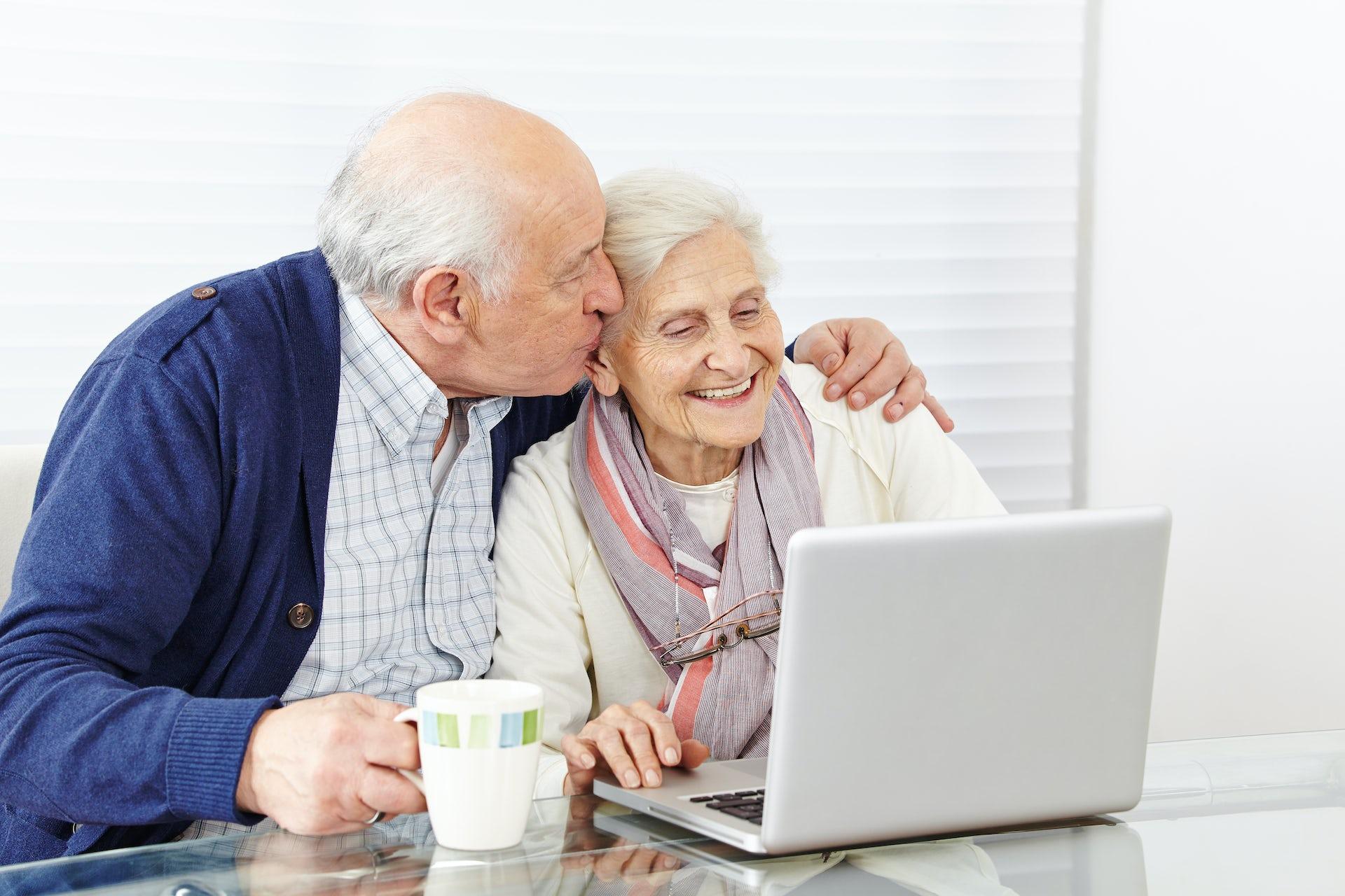 Μια αγάπη σε απευθείας σύνδεση dating