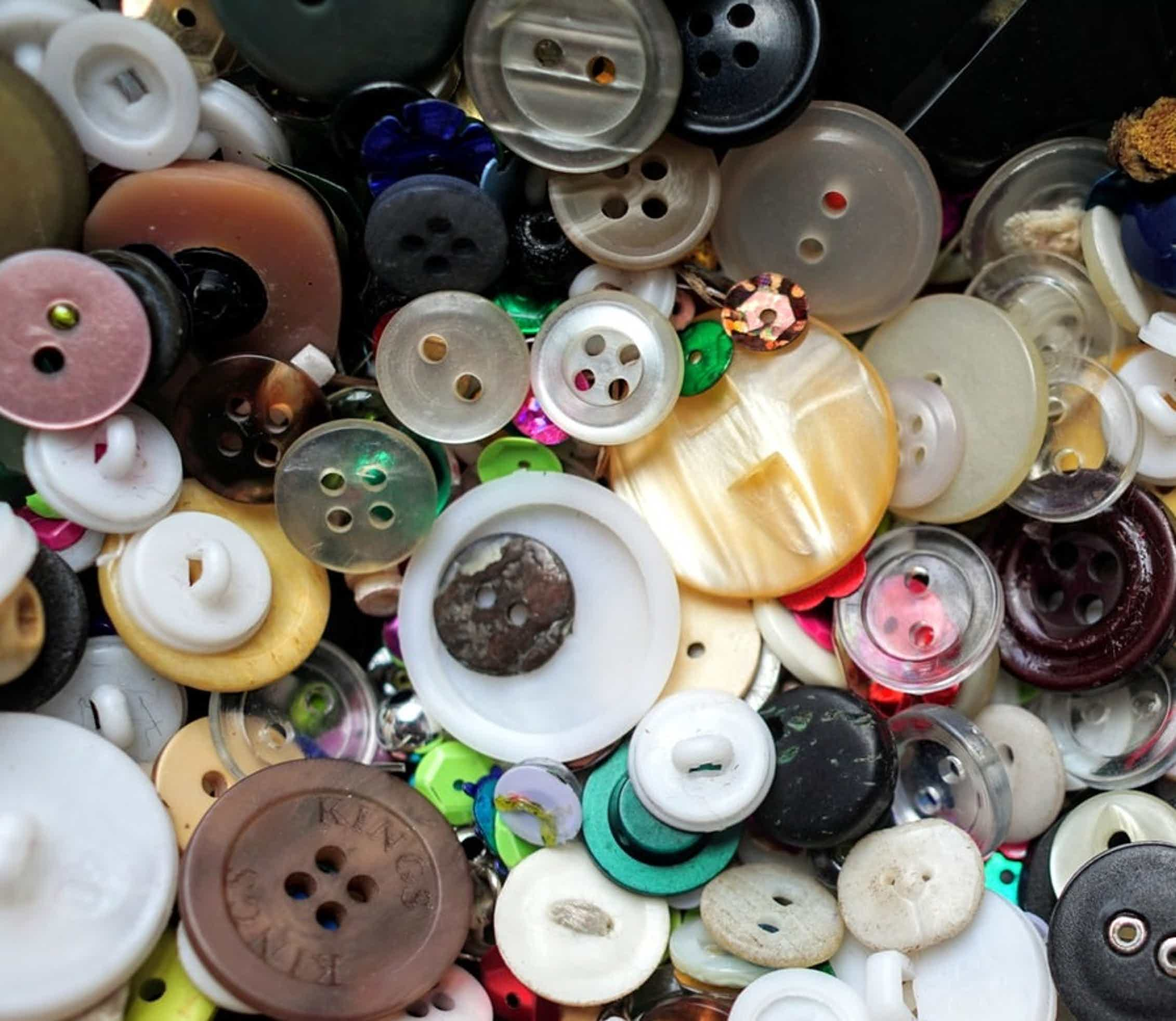 An assortment of buttons.