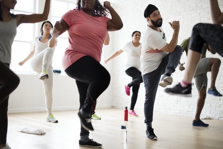 People doing an exercise class