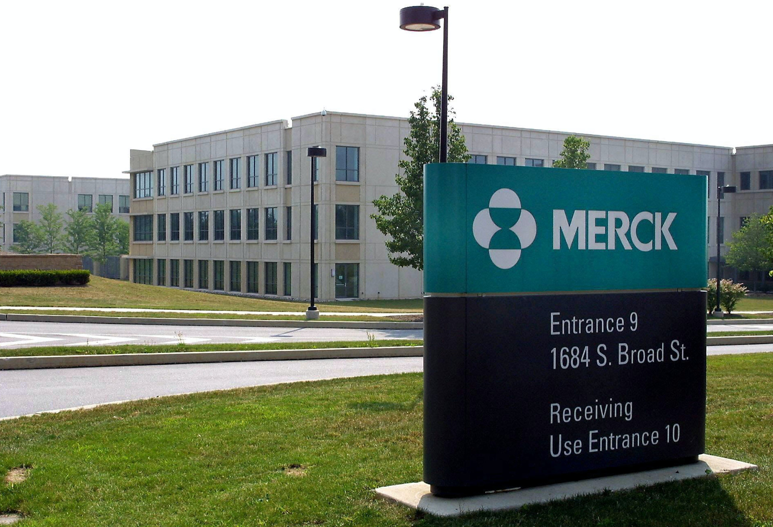 merck and co s vioxx and the Vioxx vioxx and merck & co experiences side effects & concerns compare medications drug facts vioxx and merck & co about vioxx  36 27,397 discussions vioxx is a pain relief medication  uses: vioxx is prescribed for pain and is mostly mentioned together with this indication.