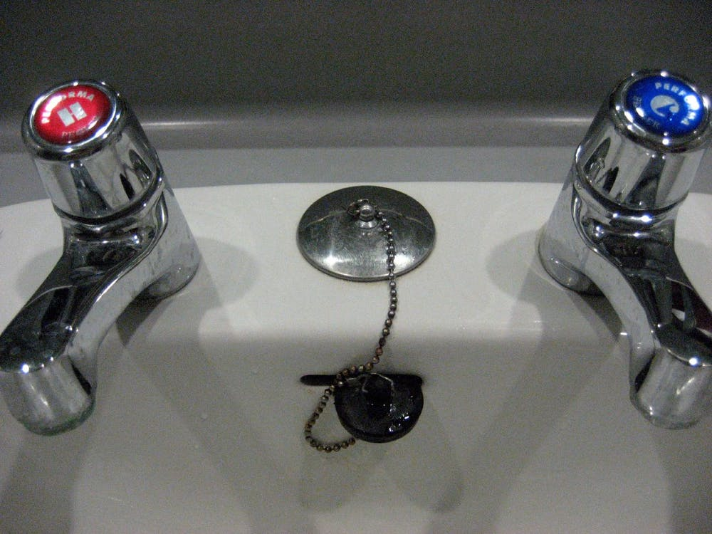 Typical Hot And Cold Taps Marked Red Blue Flickr Anjum Cc By Nd