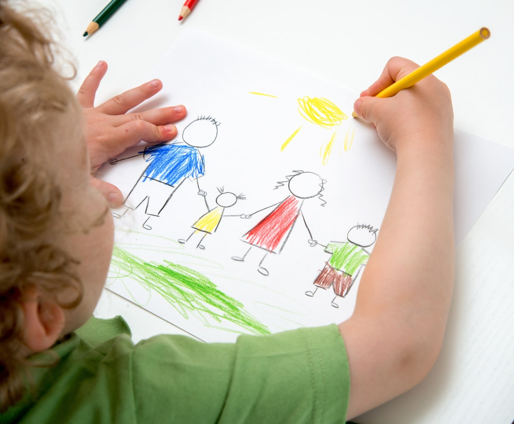 Traditional and non-traditional techniques of childrens drawing will help teach children to draw