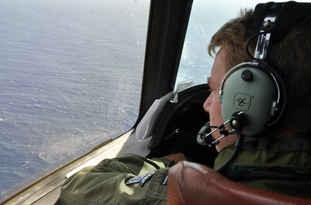Aircraft debris looks like it's from MH370 – now can we find the rest?
