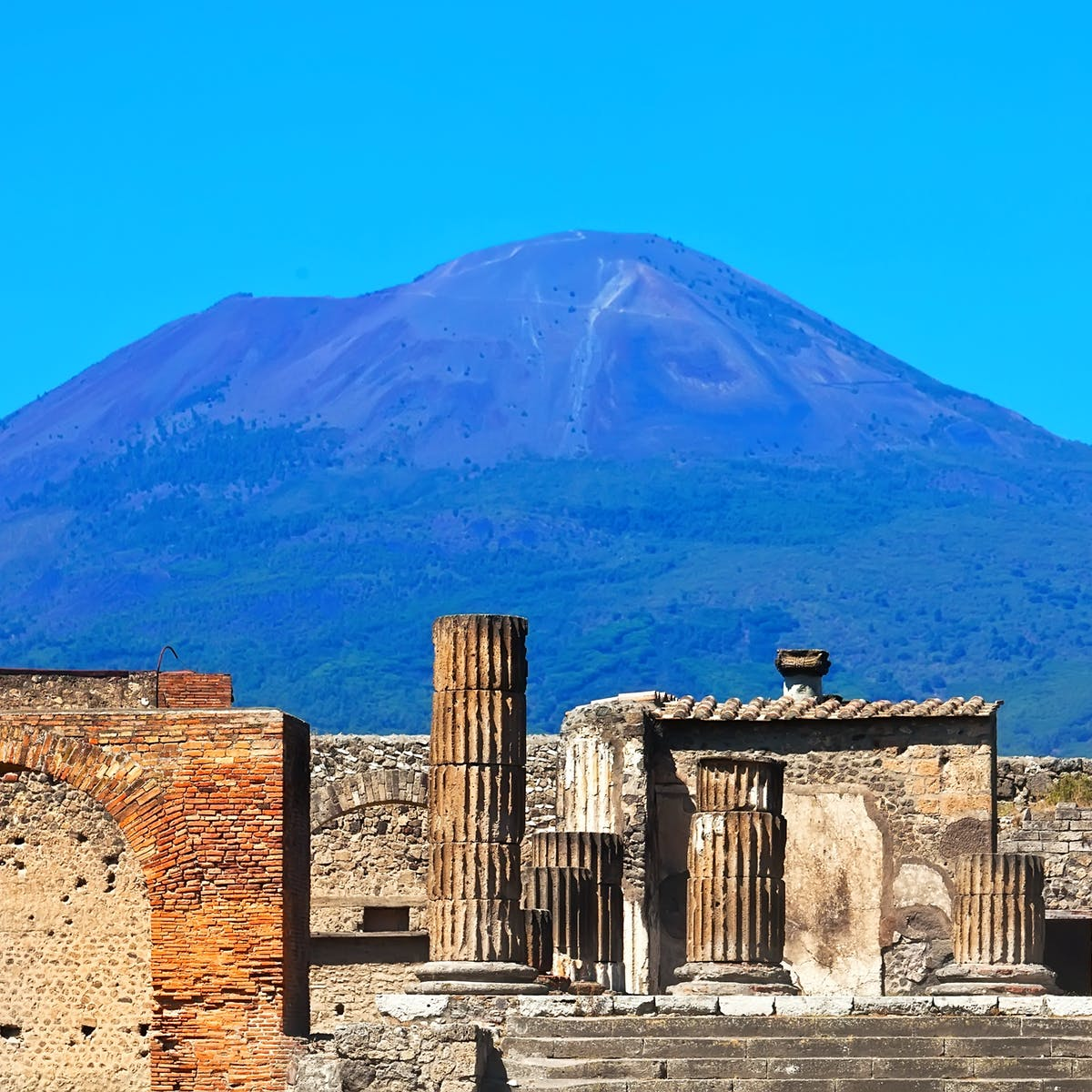The Pompeii film may not be accurate, but that doesn't mean history suffers