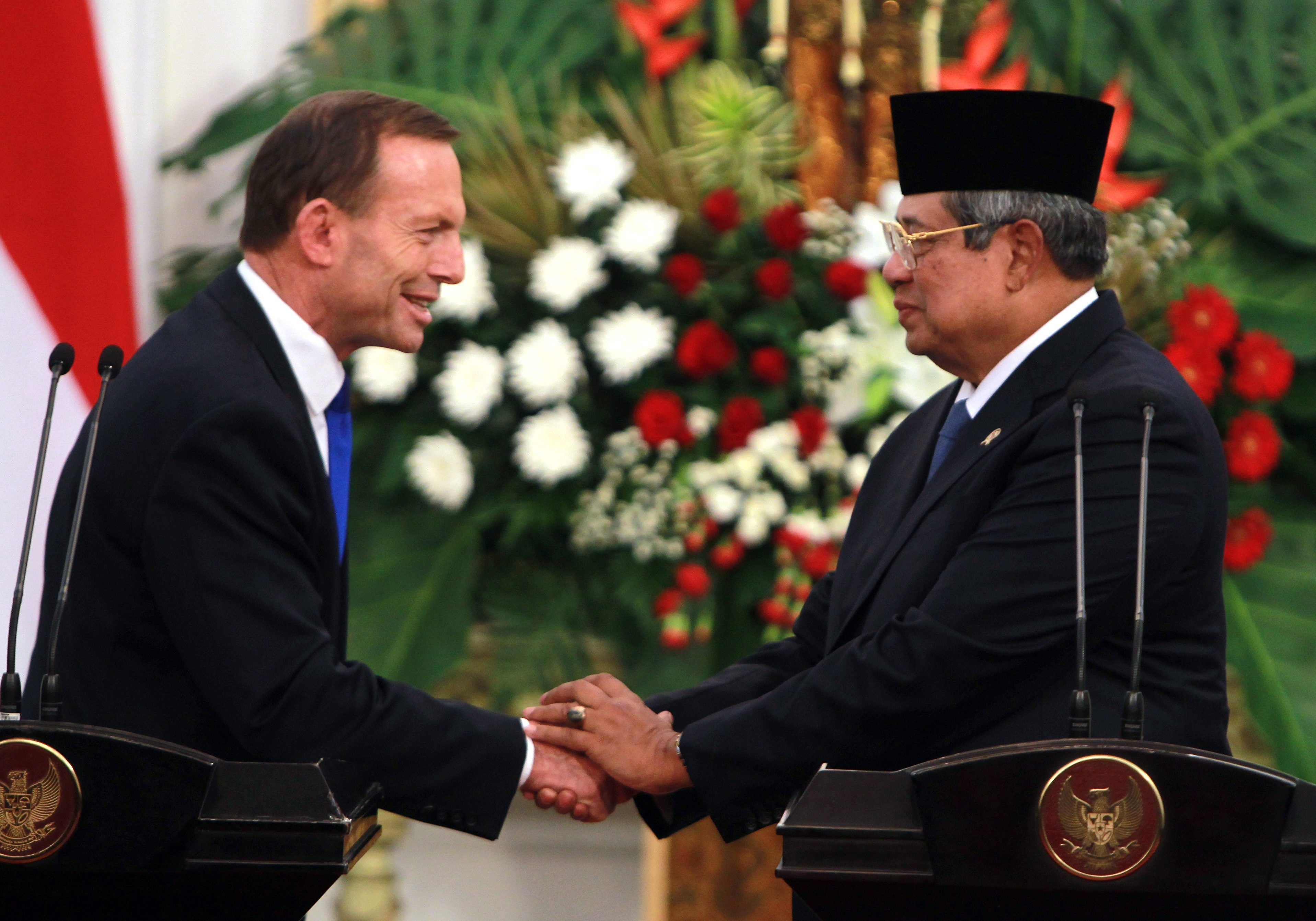 Abbott spurning Indonesia's invite confirms relationship troubles