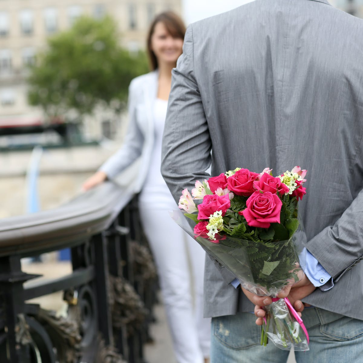 Dating Man Flower Charleroi Man Intalnire