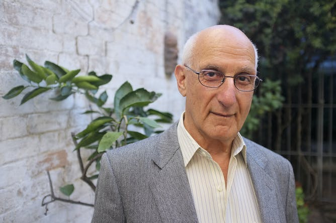 David Malouf httpscdntheconversationcomfiles49053area14