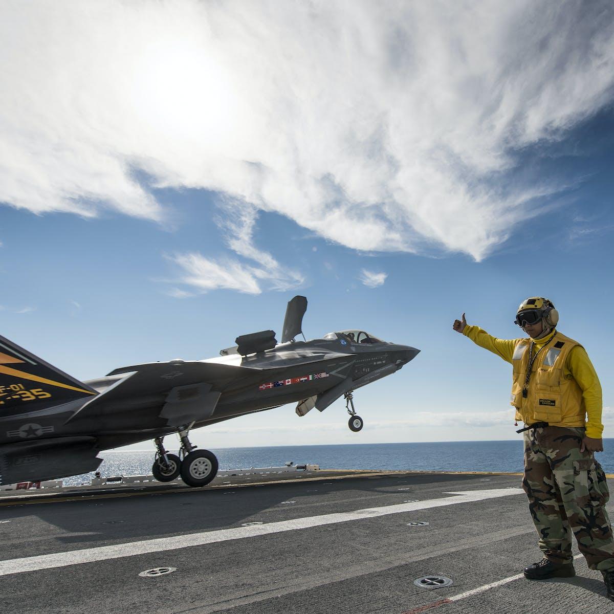 Australia's jump jet strike fighter option: lessons from the UK