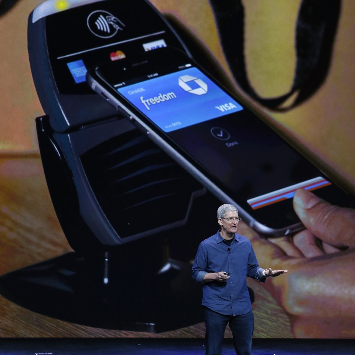 With Apple Pay, Apple just took payment security to the banks
