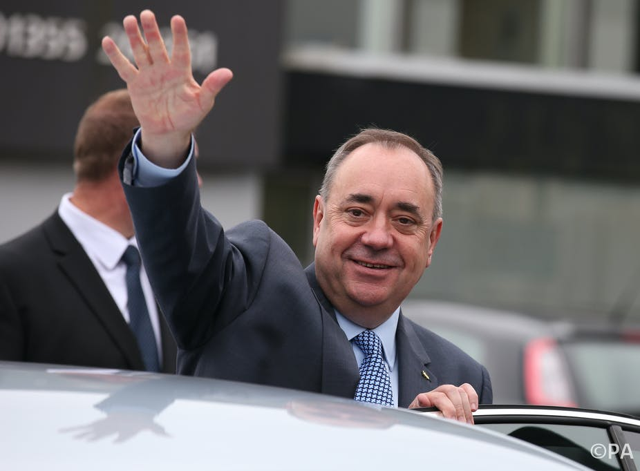 Alex Salmond resigns following defeat in Scottish independence referendum