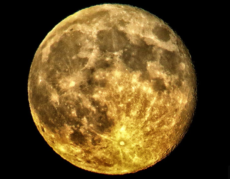 why we should mine the moon