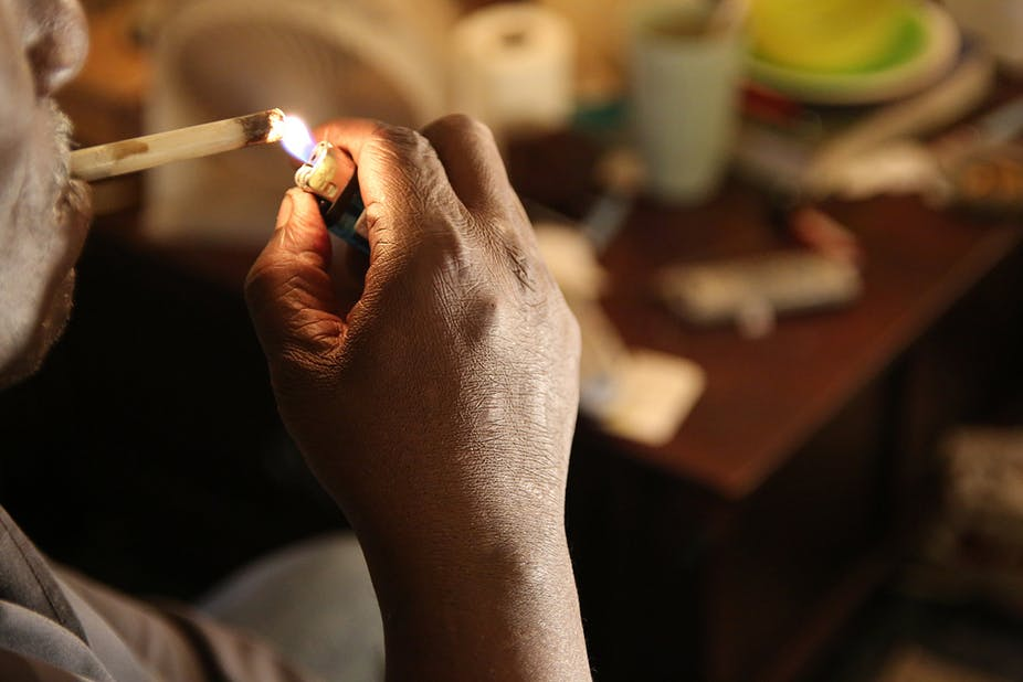 why do people smoke drugs