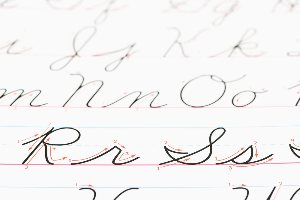 Teaching cursive handwriting is an outdated waste of time