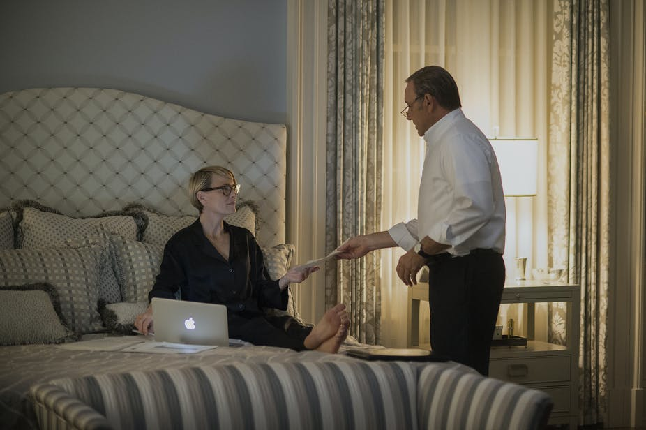 Fabulous The House Of Cards Characters Have Terrible Sleep Habits Pabps2019 Chair Design Images Pabps2019Com