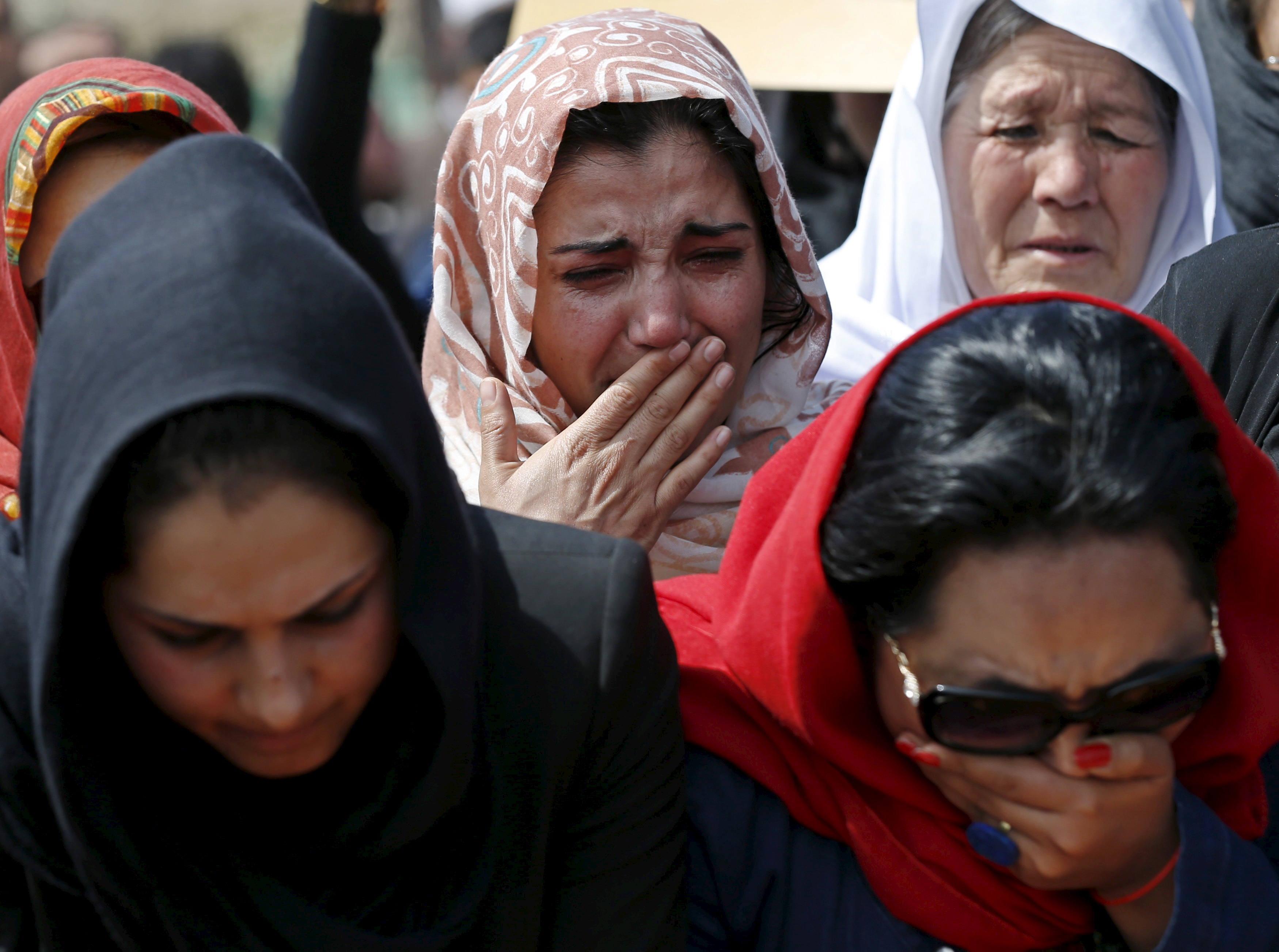 afghan women revealed 10 name : vida samadzai real name : vida samadzai dob : february 22, 1978 pob : khost province, afghanistan profession : an afghan.