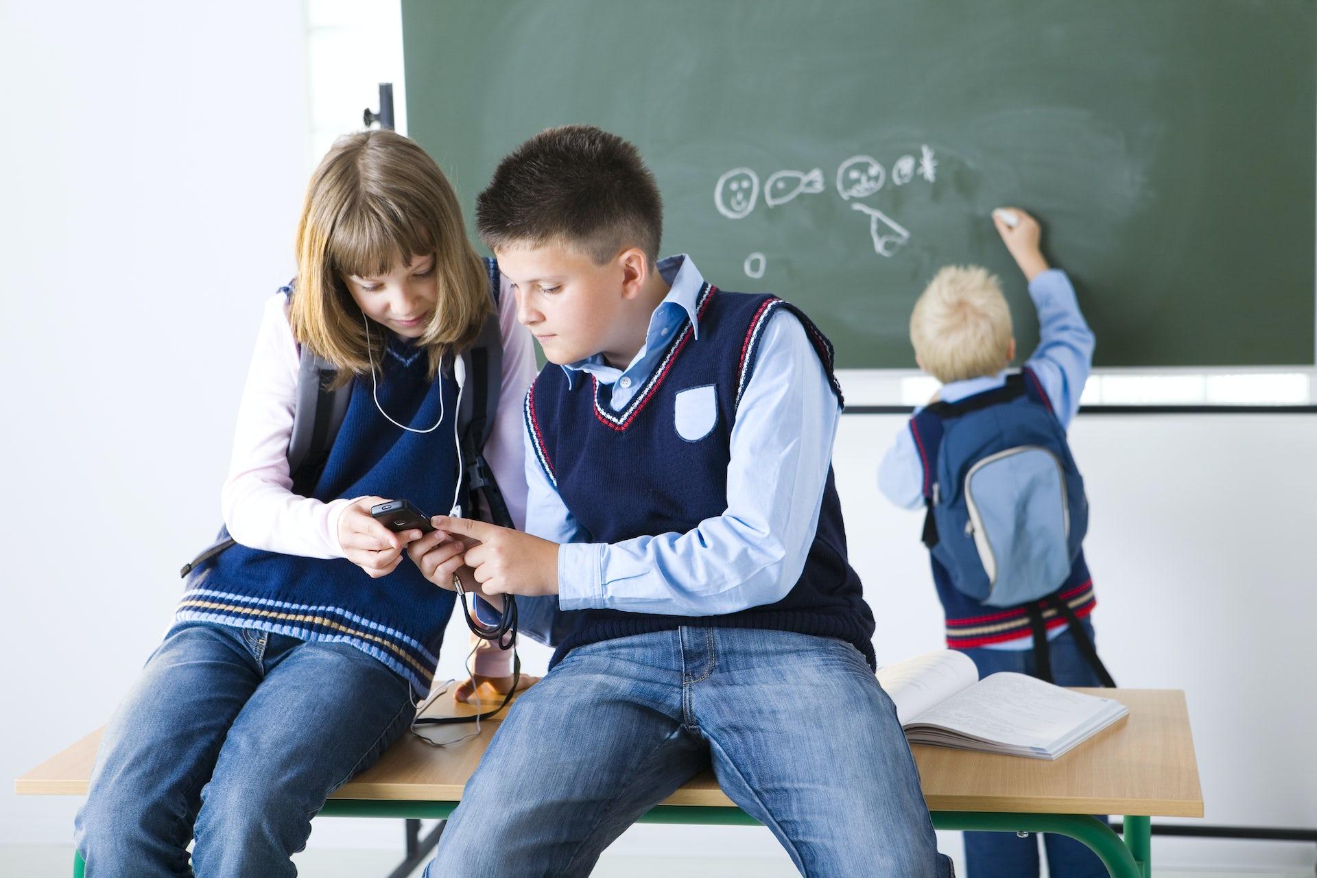 Фото секса на переменах в школе, Школьное порно фото с училками 22 фотография