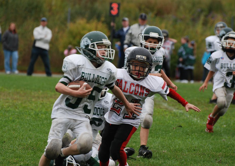 Football Alters Brains Of Kids As Young >> Are Parents Morally Obligated To Forbid Their Kids From Playing