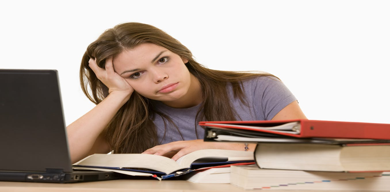essay cheating in examination Essay about cheating cheating during exams is a very disrespectful action that gives the student who is cheating a chance to obtain a grade that he or she doesn't deserve during last semester, i have observed many cheating instances during exams and especially management exams.