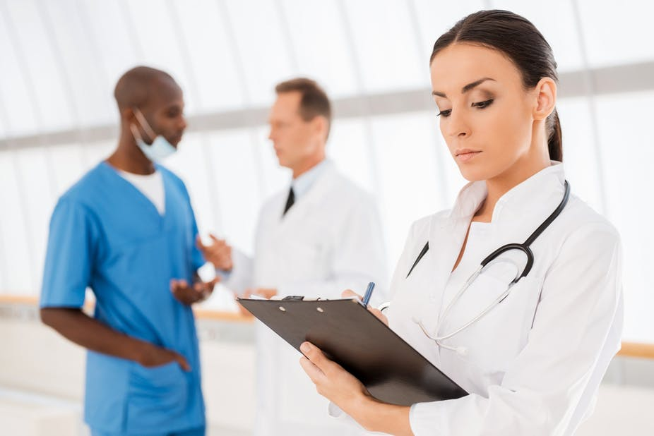 Should there be a dress code for doctors?