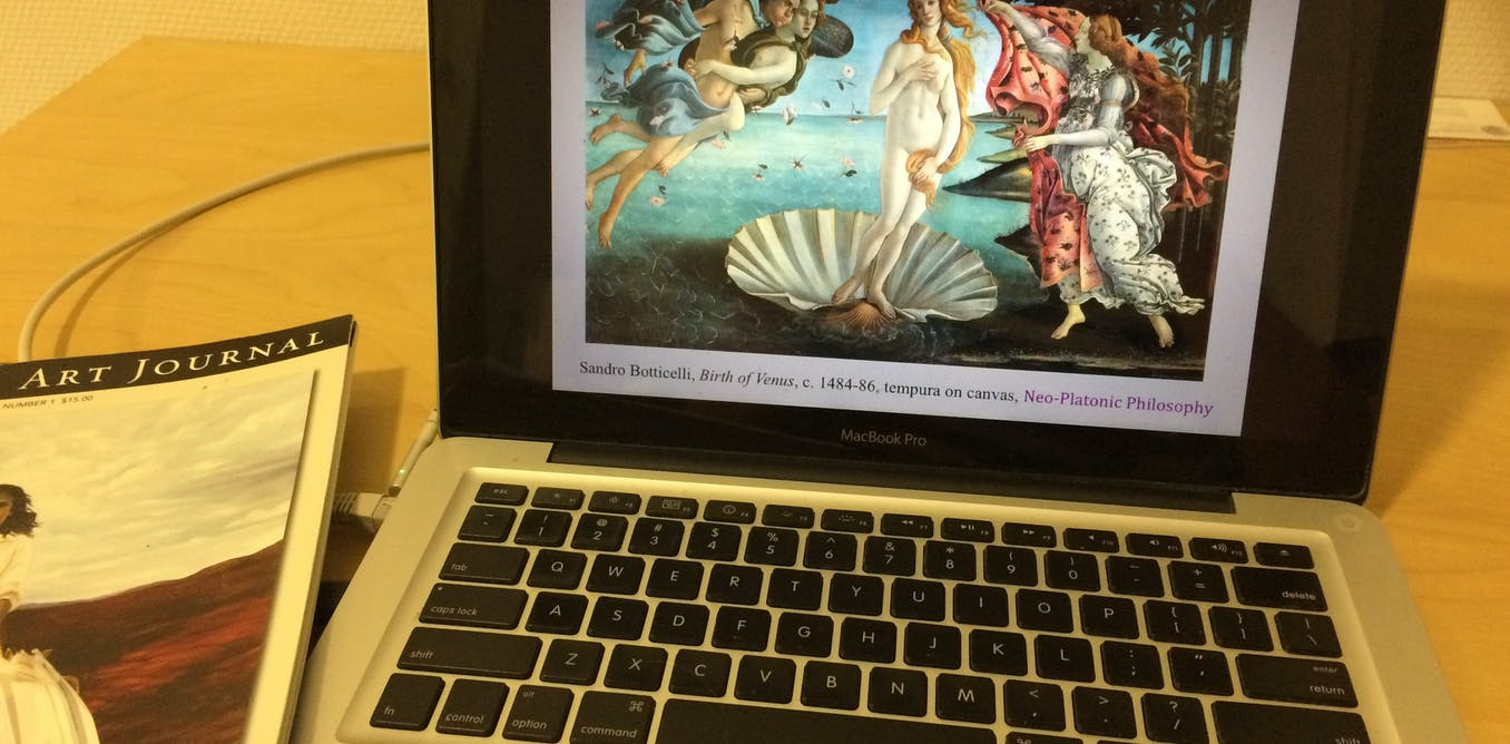 How an art history class became more engaging with Twitter